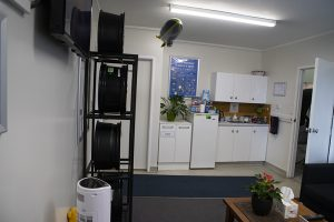 Bush road tyres albany waiting room
